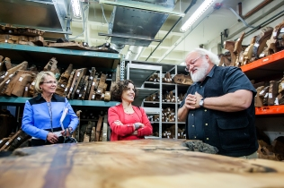 Kimberly Andrews Espy (left), the UA's senior vice president for research, and NSF director France Córdova visit with Thomas Swetnam, Regents' Professor of Dendrochronology and director of the Laboratory of Tree-Ring Research. (Photo: John de Dios)